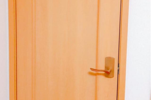 ドア穴修理は難しい?その理由とは?